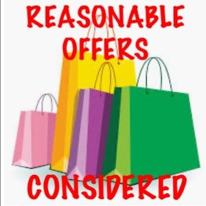🛍REASONABLE OFFERS CONSIDERED🛍